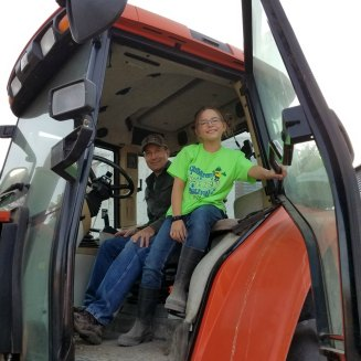 farmer daughter tractor feed 2017